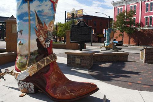 09-08-011-boots.jpg