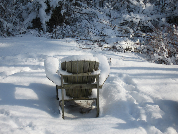 snow.chair.jpg