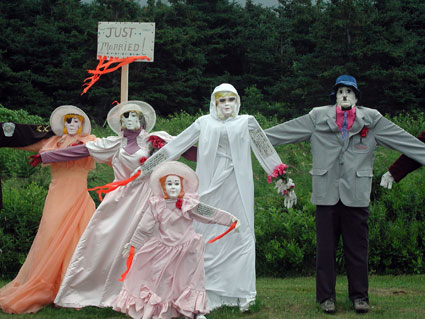 Wedding-scarecrows.jpg