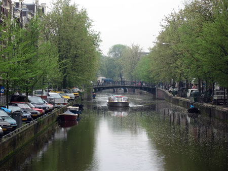 amst-canal.jpg