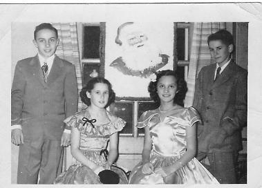 1949photocarolmargiejimmydickhill.jpg