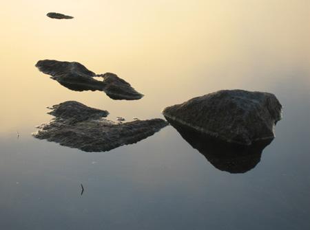 fog-rocks-6.6.06.jpg