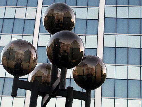 street-light-balls.jpg